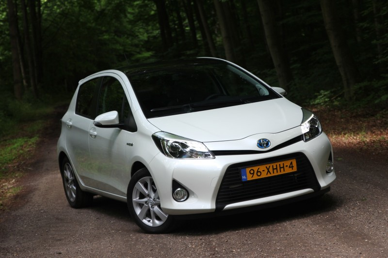 test toyota yaris full hybrid 1 5 dynamic pure rijervaring